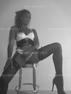 Maelli massage sexemodel escorte